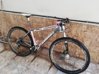 Πωλείται Cannondale F29 Carbon 2 Bike