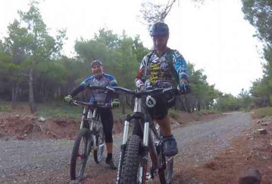 Kourteri Trail